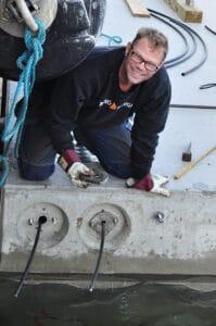 Aron på betongponton