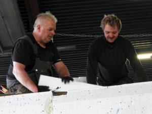 Lennart och Andreas på en flytbrygga